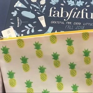 Other - 🆕Super Cute wet dry bag with 🍍pineapples on it